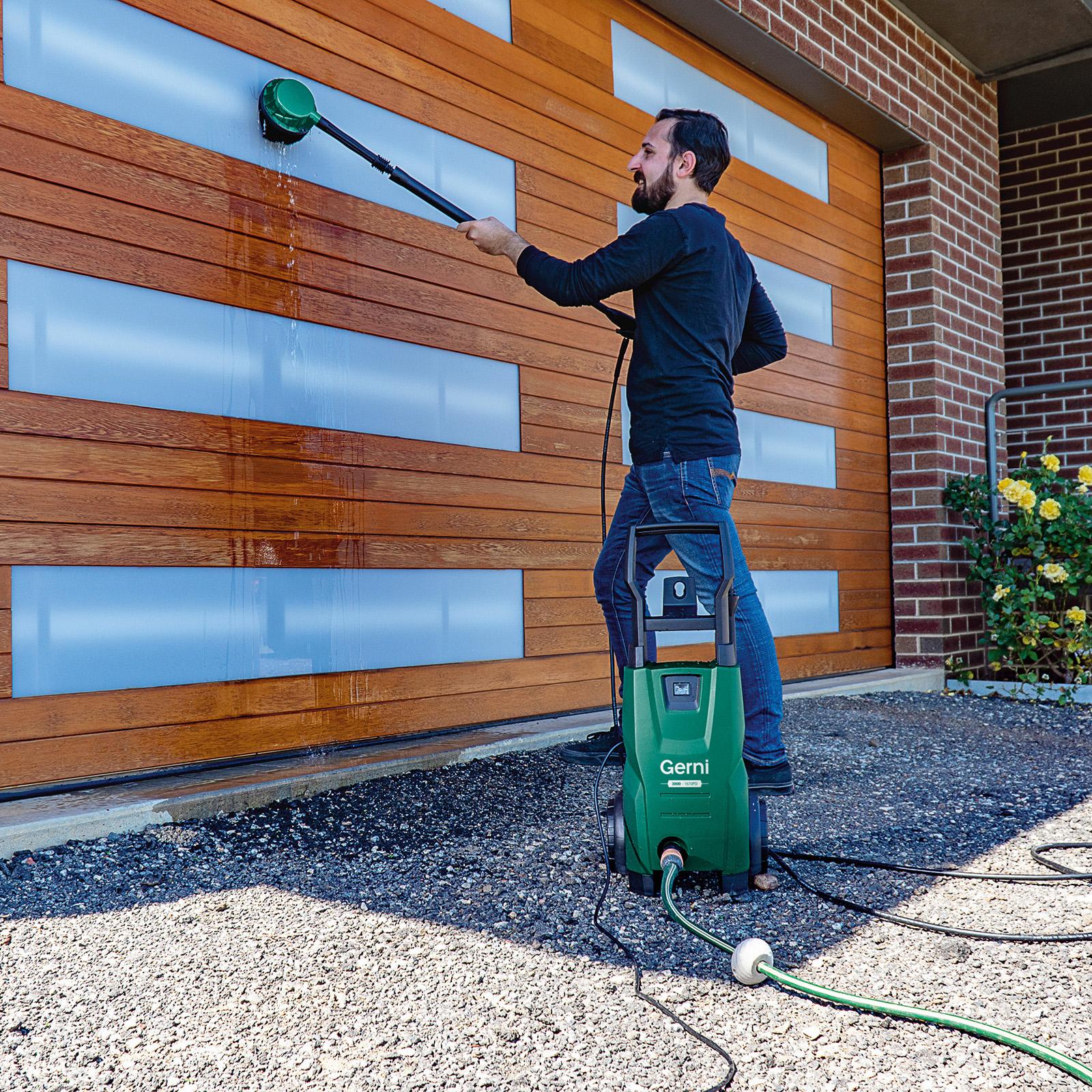 Gerni 3000 - Rotary Brush Garage Door