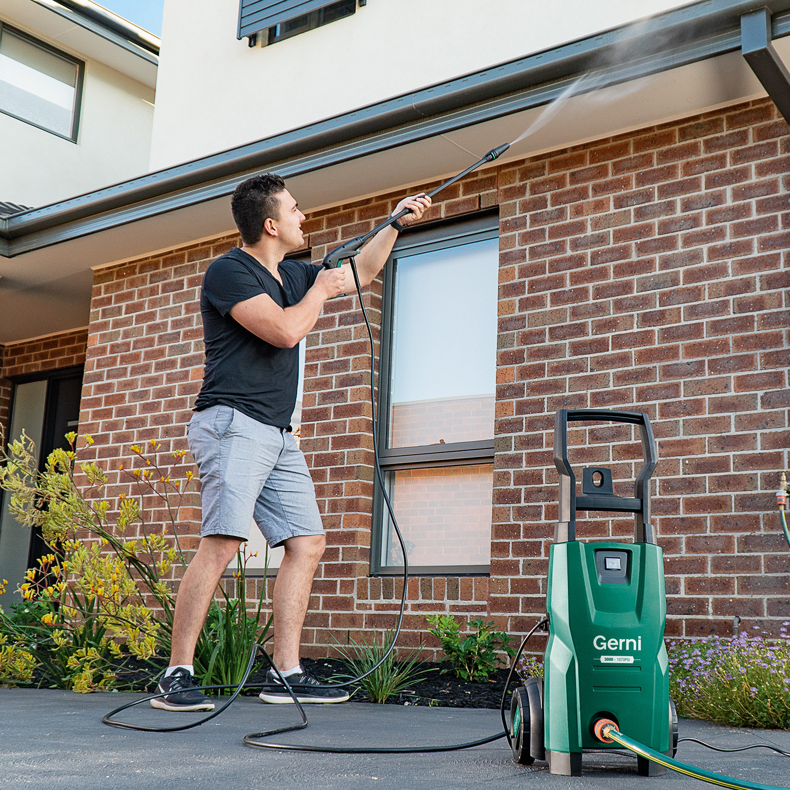 Gerni 3000 - Pressure Clean House Drain