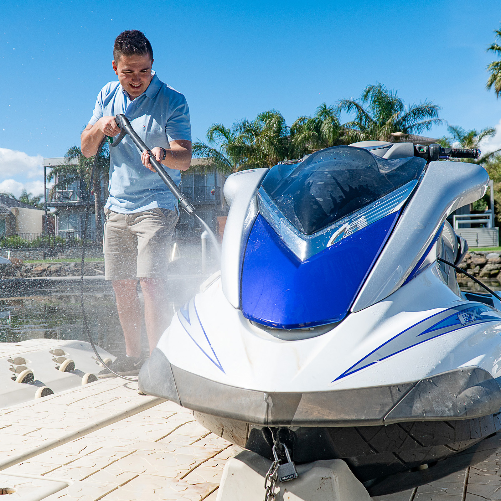 Gerni 5000 - Pressure Clean Watercraft WaveRunner