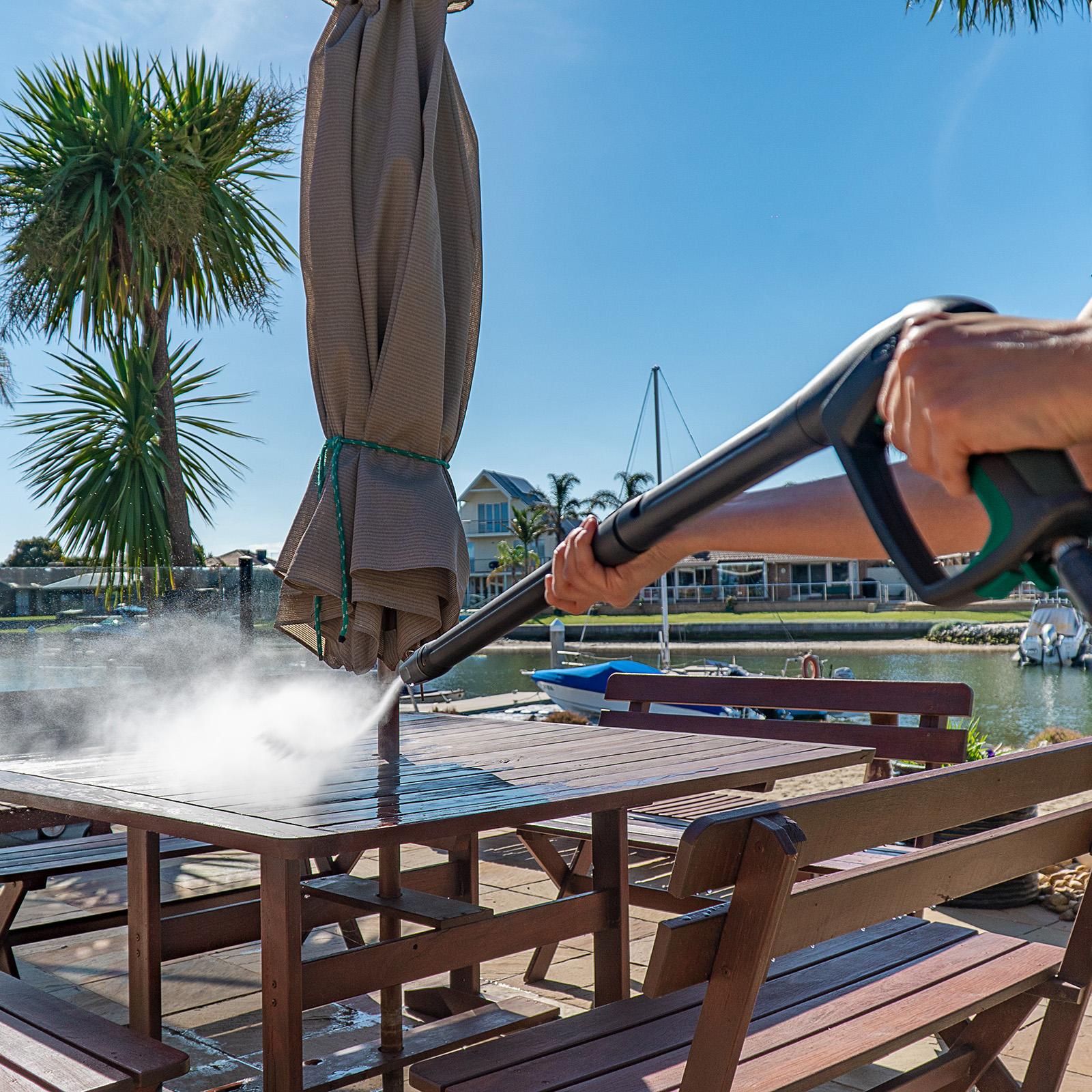 Gerni G4 Spray Handle Lance - Outdoor Table Seating