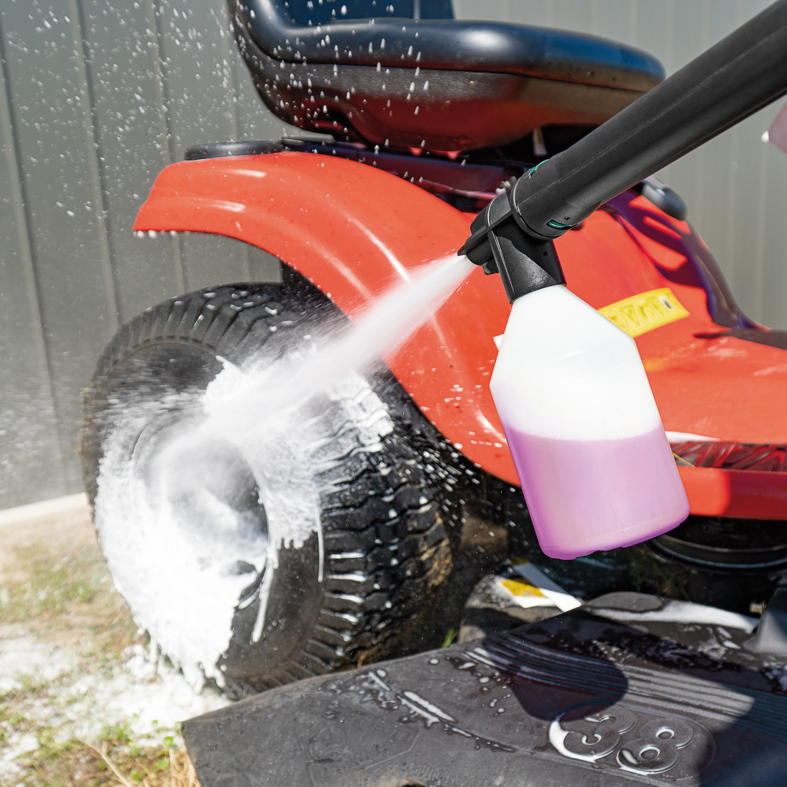 Gerni Foam Sprayer - Ride-On Mower Cleaning - All Purpose Detergent